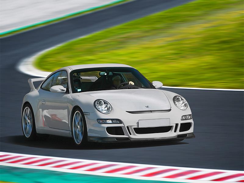 Conduire une Porsche sur circuit automobile