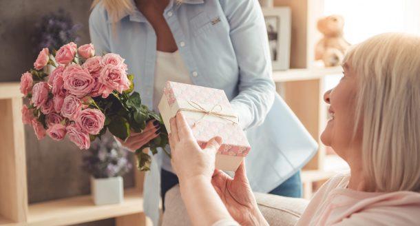 5 belles idées cadeaux pour gâter votre mamie à la Fête des Grands-mères