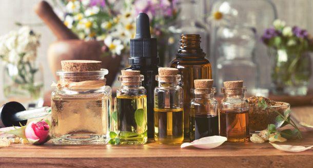 Les 5 huiles essentielles qu'il est bon d'avoir chez soi !
