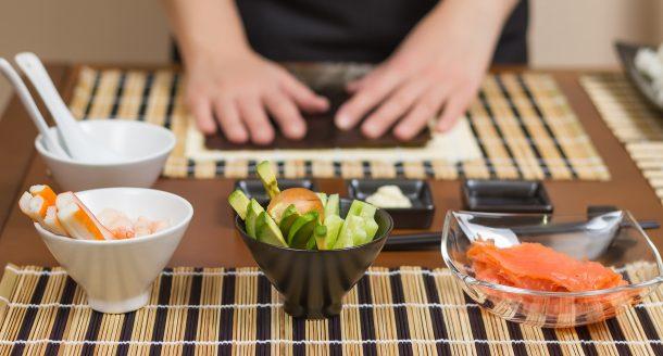 Recette de sushis pour faire des sushis maison en 5 étapes