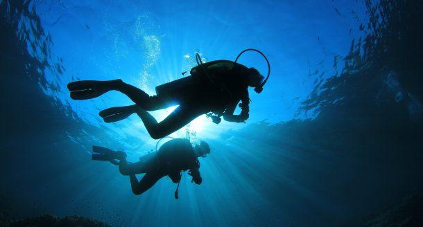 Les Blog Trotteuses nous emmènent dans les Calanques pour un baptême de plongée !