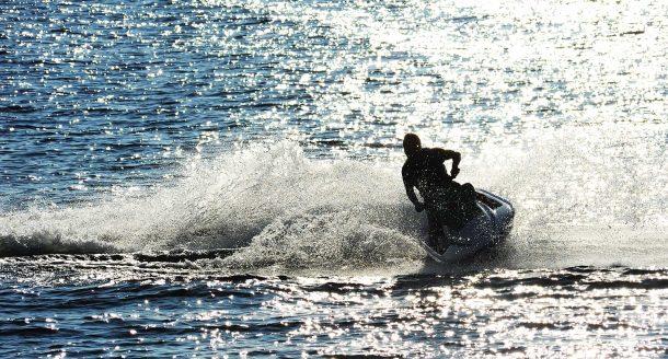 Pourquoi il est grand temps de faire une randonnée en jet-ski ?