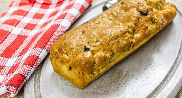 Une recette de cake salé pour un pique-nique en famille ou entre amis